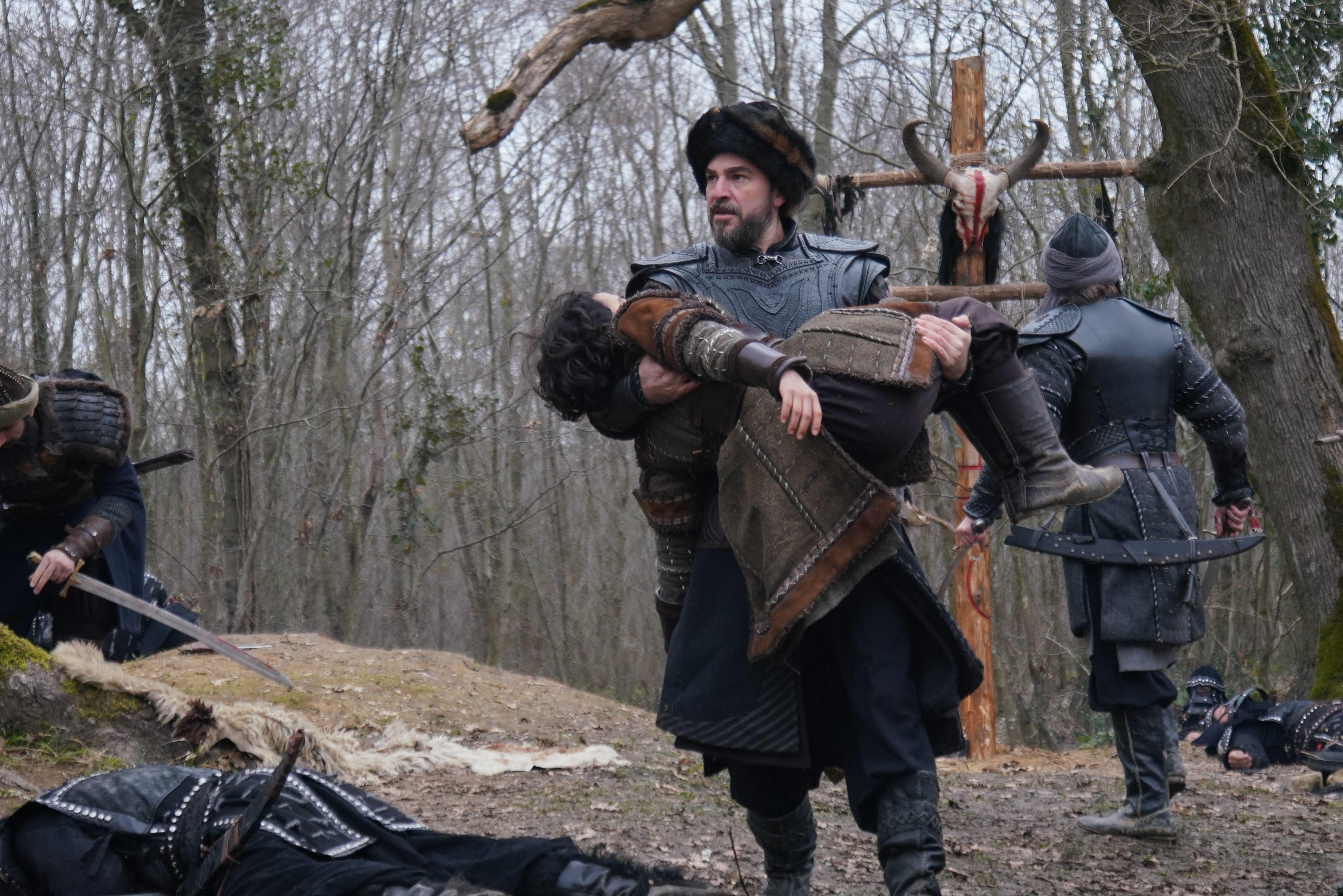 صور رسمية من الحلقة القادمة 136 من الموسم الخامس من قيامة أرطغرل بجودة عالية جداً