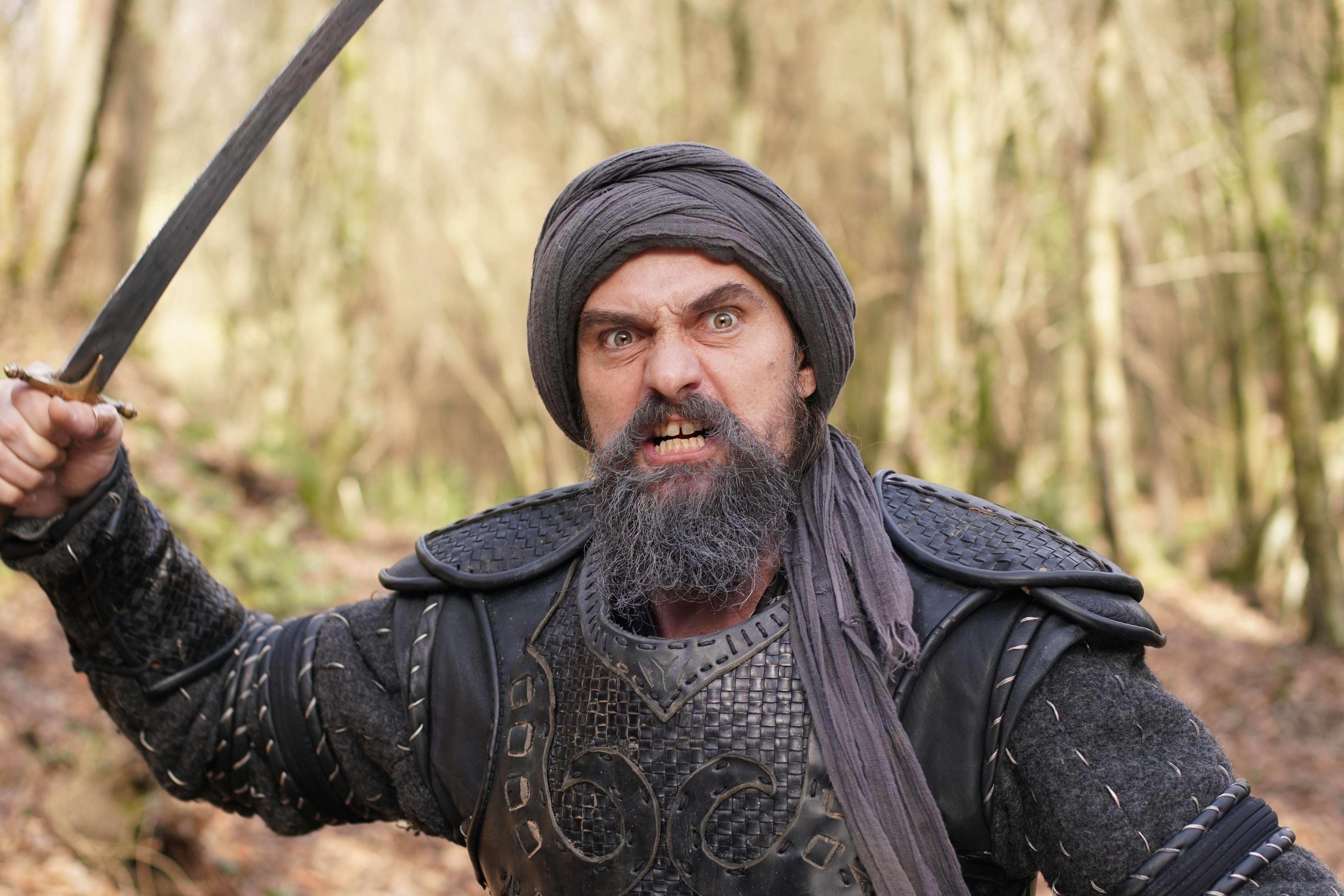صور رسمية من الحلقة القادمة 135 من الموسم الخامس من قيامة أرطغرل بجودة عالية جداً